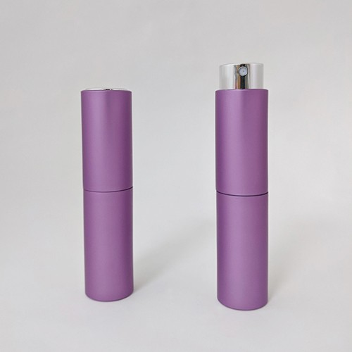 Attractive purple color empty 8ml aluminum twist up perfume atomizer for travel packaging perfume fragrance in cylinder shape